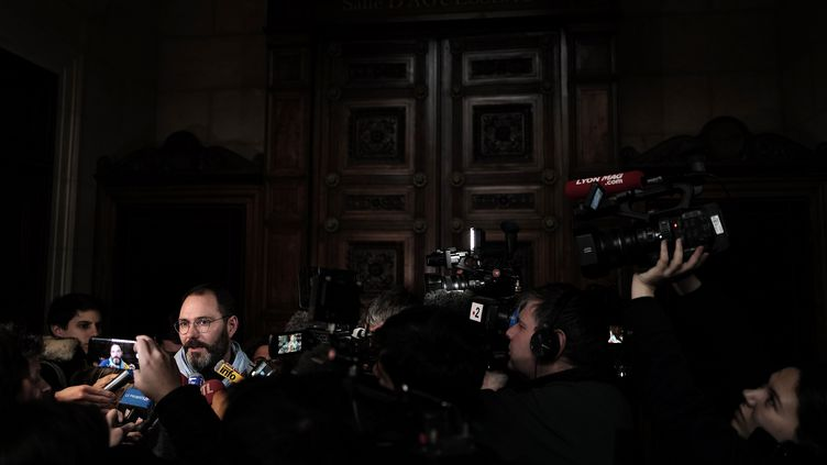 François Devaux, président de l'association La parole libérée, au tribunal de Lyon, le 30 janvier 2020. (JEFF PACHOUD / AFP)