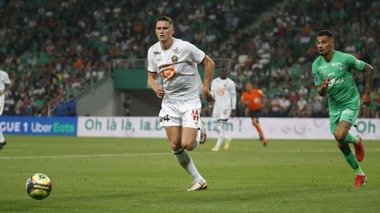 Le Lillois Sven Botman va découvrir la Ligue des champions avec Lille. (ROMAIN BIARD / ISPORTS / DPPI)
