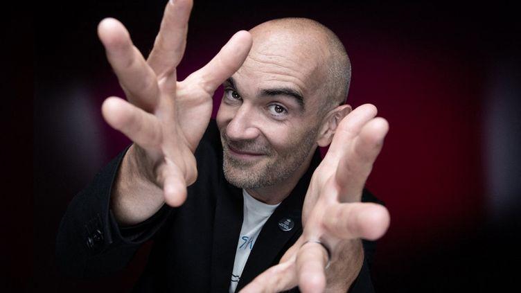 Le chanteur français Aldebert (Guillaume Aldebert) en août 2021. (JOEL SAGET / AFP)