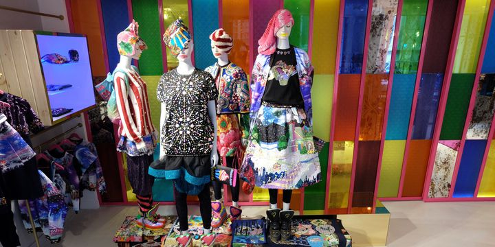 Boutique parisienne Manish Arora  (Manish Arora / Totem fashion)