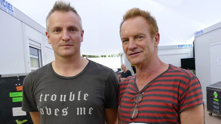Sting et son fils Joe Sumner en coulisse du festival de Jazz à Juan 2017  (Sébastien Botella/ PHOTOPQR/NICE MATIN/MAXPPP)