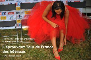 Une hôtesse sur le Tour de France àSaint-Fargeau (Yonne) le 15 juillet 2009. (LIONEL BONAVENTURE / AFP)