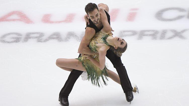 Gabriella Papadakis et Guillaume Cizeron ont survolé le programme court du Grand Prix de Pékin (WANG ZHAO / AFP)