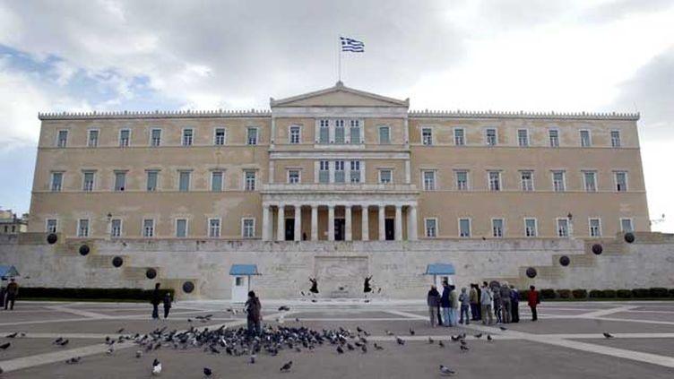 (Vue du palais Vouli qui abrite le parlement grec, à Athènes © Maxppp)