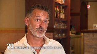 Franck, 49 ans, a tenté d'arrêter le camion meurtrier de Nice alors qu'il était en scooter. (FRANCE 2)