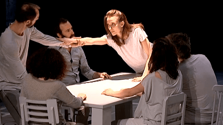 """""""Tombouctou"""" la prochaine création d'Emmanuelle Vo-Dinh chorégraphe et directrice du CCN du Havre  (France 3 / Culturebox)"""
