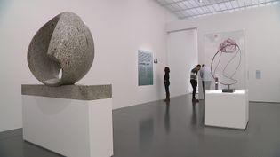Le Centre Pompidou-Metz expose une cinquantaine de chefs-d'oeuvre de la sculpture moderne jusqu'au 23 août 2021. (L. Poli / France Télévisions)