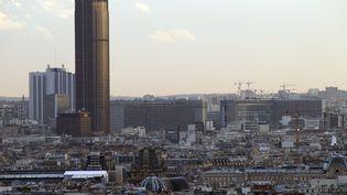 La tour Montparnasse à Paris,le 14 février 2014. (LUDOVIC MARIN / AFP)