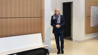 Bernard Tapie au tribunal, à Paris, le 4 avril 2019. (SAMUEL BOIVIN / NURPHOTO / AFP)