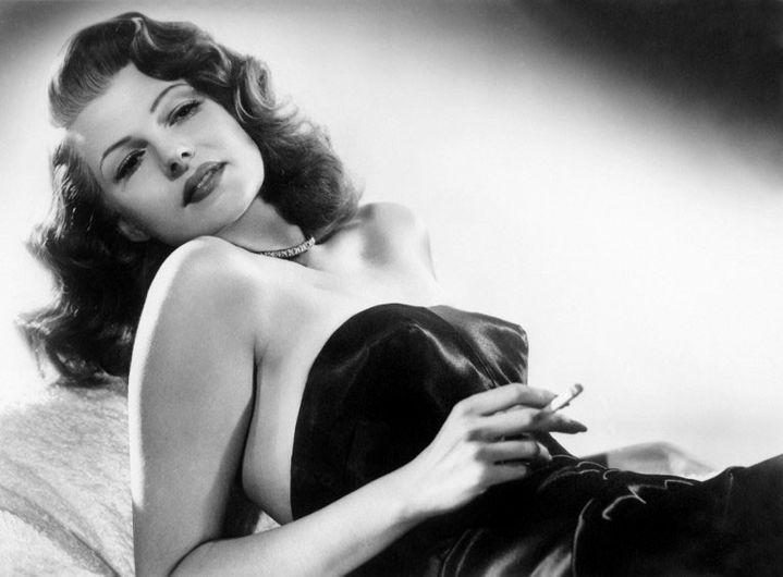 """Rita Hayworth dans """"Gilda""""(1946) de Charles Vidor  (Bob Coburn / Kobal / The Picture Desk)"""