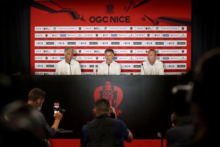Après un titre de champion de France décroché en 2021 avec le Losc, Christophe Galtier se lance un nouveau défi en rejoignant l'OGC Nice. (VALERY HACHE / AFP)