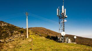 Antenne relais 3, 4 et 5G, point culminant du Vallespir et des Aspres dans les Pyrénées-Orientales. La 5G, la clé de la troisième révolution industrielle ? (Illustration) (JC MILHET / HANS LUCAS / AFP)