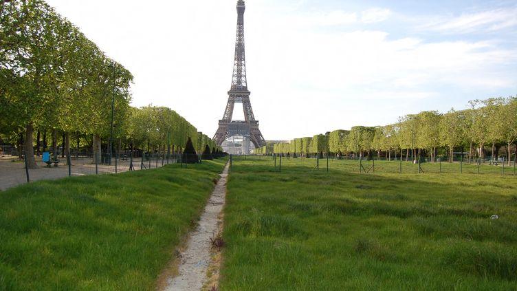 La tour Eiffel en avril 2020. (CLÉMENCE GOURDON NEGRINI / FRANCE-BLEU PARIS)