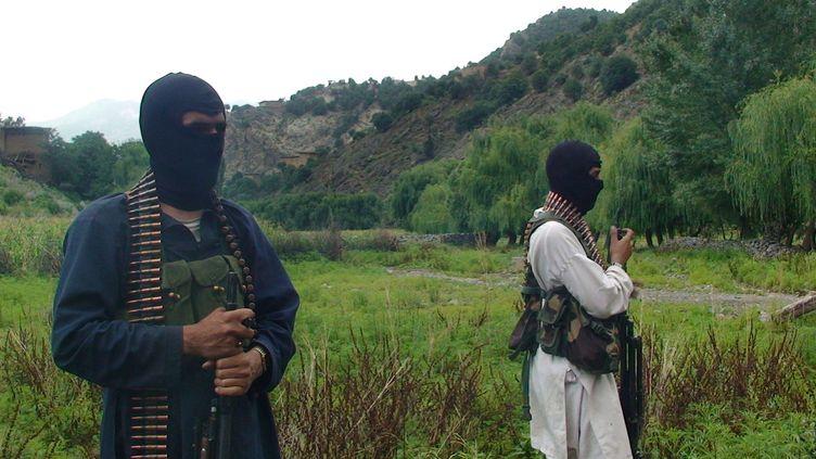 Des combattants talibans dans la région tribale du Waziristan au Pakistan, le 3 septembre 2012. ( ISHTIAQ MAHSUD / AP / SIPA)