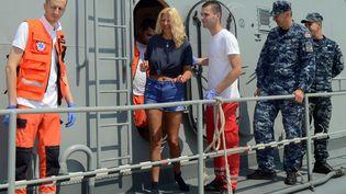 La touriste britanniqueKay Longstaff, sur le bateau des garde-côtes croates, le 20 août 2018, à Pula (Croatie). (STR / AFP)