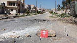 Une indication de poison après l'attaque chimique àKhan Cheikhoune, en Syrie, le 5 avril 2017. (ABDUSSAMED DAGUL / ANADOLU AGENCY / AFP)