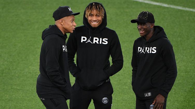 Des joueurs du PSG au stade Anfield à Liverpool, le 17 septembre 2018. (PAUL ELLIS / AFP)
