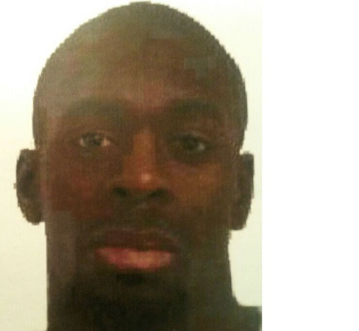 La photo d'Amedy Coulibaly diffusée par la police dans le cadre de la fusillade de Montrouge et de la prise d'otages de Vincennes, le 9 janvier 2015. (DR)