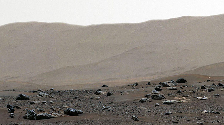 La Nasa publie une photo panoramique de Mars prise par Perseverance - franceinfo
