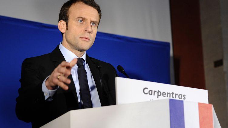 Emmanuel Macron, candidat à la présidentielle, lors d'un meeting à Carpentras (Vaucluse), le 17 février 2017. (FRANCK PENNANT / AFP)