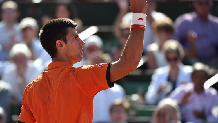 Novak Djokovic a terrassé Rafel Nadal sur la terre battue de Roland-Garros (PASCAL GUYOT / AFP)