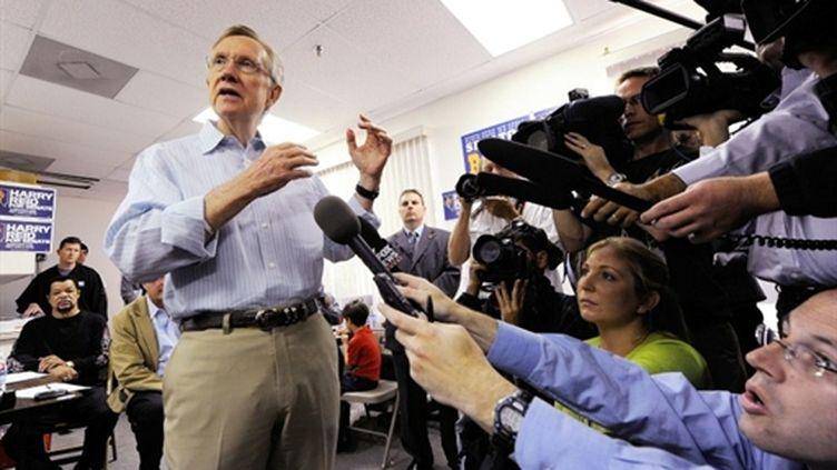 Le leader de la majorité démocrate au Sénat, Harry Reid, réélu de justesse dans le Nevada (Ethan Miller - Getty Images - AFP)
