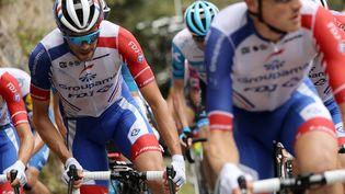 Le cycliste français Thibaut Pinot, lors de la 8e étape du Tour de France entre Cazeres-sur-Garonne (Haute-Garonne) et Loudenvielle (Hautes-Pyrénées), le 5 septembre 2020. (KENZO TRIBOUILLARD / AFP)