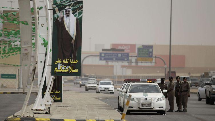 Une patrouille de police à Ryad (Arabie saoudite), en 2011. (HASSAN AMMAR / AP / SIPA)