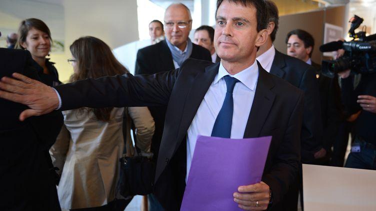 Le ministre de l'Intérieur, le 20 septembre 2012, aux Journées parlementaires socialistes, à Dijon (Côte-d'Or). (PHILIPPE DESMAZES / AFP)