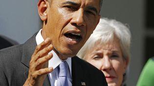 Le président américain, Barack Obama, s'exprimant depuis la Maison Blanche, mardi 1er octobre 2013 à Washington (Etats-Unis), au lendemain de la cessation d'activité d'une partie de l'administration fédérale, liée à un désaccord politique au Congrès. (LARRY DOWNING / REUTERS)
