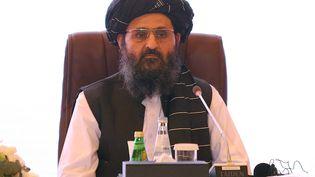 """Le mollahAbdul Ghani Baradarest arrivé à Kaboul le samedi 21 août 2021 pour des pourparlers sur l'établissement d'un nouveau gouvernement """"inclusif"""" en Afghanistan. (KARIM JAAFAR / AFP)"""