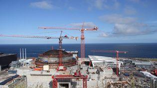 Le démarrage de l'EPR de Flamanville, ici en chantier en 2015, est prévu pour 2018, si EDF obtient l'accord de l'Autorité de sûreté nucléaire.  (MAXPPP)