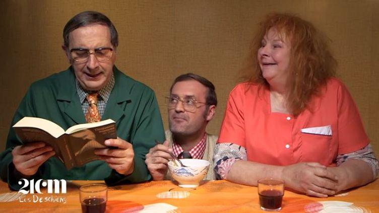Capture d'écran d'une vidéo sur laquelle figurent François Morel, Augustin Trapenard et Yolande Moreau (de gauche à droite), le 23 octobre 2017. Tous sont dans le rôle de la famille Deschiens. (CANAL PLUS)