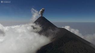 Capture d'écrande la vidéo de l'université de Cambridge sur levolcan Fuego au Guatemala. (CAMBRIDGE UNIVERSITY)