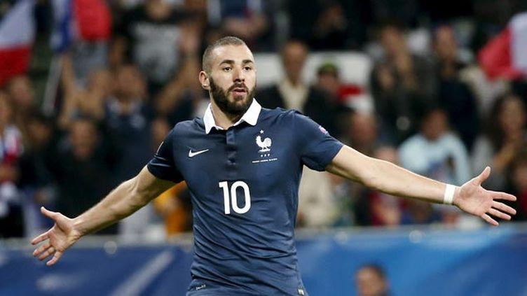(Karim Benzema après avoir marqué contre l'Arménie début octobre © REUTERS / Eric Gaillard)