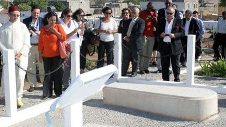 La cérémonie d'inauguration du «carré juif» dans le cimetière catholique de Varzea, à Praia, capitale du Cap-Vert, le 2 mai 2013. (AFP - STR)