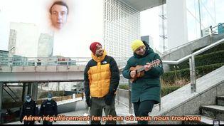 """Image du clip """"Je me souviens"""", réponse à un défi sur les gestes barrières lancé aux vidéastes par Emmanuel Macron (CAPTURE ECRAN / MCFLY ET CARLITO)"""