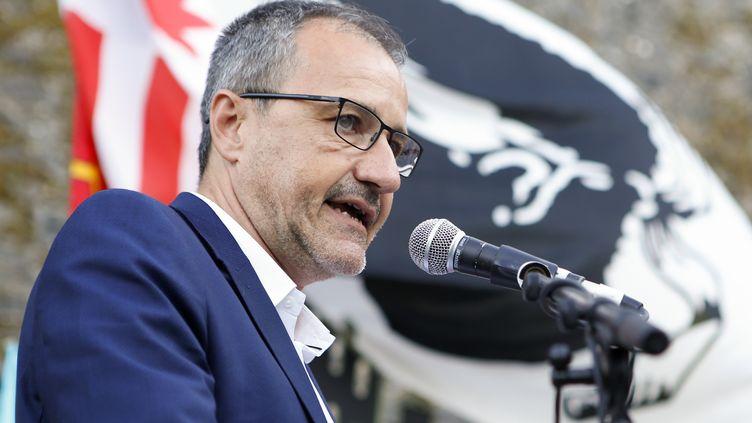 Jean-Guy Talamoni, le président de l'Assemblée de Corse, à Corte, en août 2017. (PASCAL POCHARD-CASABIANCA / AFP)