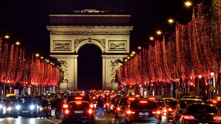 Les illuminations de Noël sur les Champs-Élysées (16 décembre 2018)  (Edmond Sadaka / Sipa)