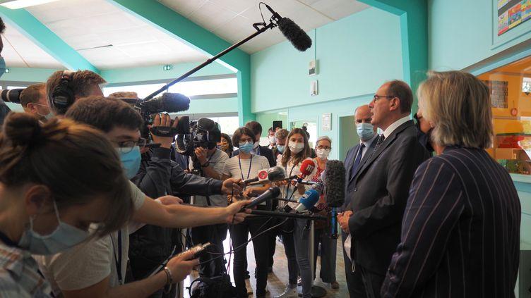 Le Premier ministre, Jean Castex, dans une école de Châteauroux (Indre), mardi 1er septembre 2020. (LUDOVIC MARIN / AFP)