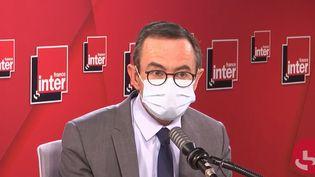 Bruno Retailleau, président du groupe Les Républicains au Sénat, sur France Inter le 25 novembre 2020. (FRANCEINTER / RADIOFRANCE)