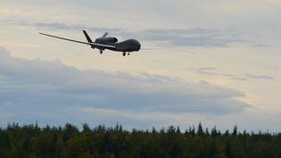Un drone américain photographié le 16 août 2018, en Alaska. (TRISTAN D. VIGLIANCO / US AIR FORCE / AFP)