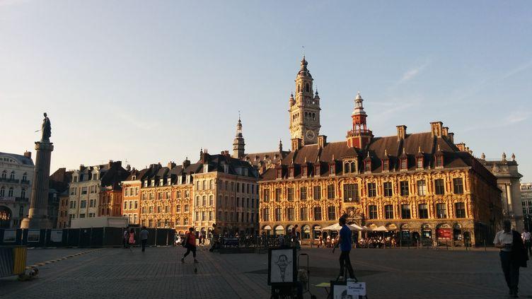 Pas de candidat PS à Lille,pour le deuxième tour des législatives, comme dans tout le Nord et le département voisin du Pas-de-Calais. (THOMAS BIET / FRANCEINFO)