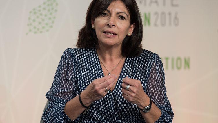 La maire de Paris, Anne Hidalgo, le 5 mai 2016 à Washington (Etats-Unis). (NICHOLAS KAMM / AFP)