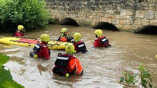 Les recherches se poursuivent le 22 juin 2021 à Beauvais (Oise) pour retrouver un jeune homme disparu. (PATRICK CAFFIN / MAXPPP)