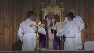 Pape François (FRANCEINFO)
