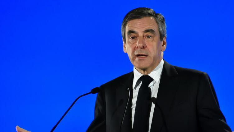 L'ancien Premier ministre et candidat à l'élection présidentielle, le 11 avril 2017 lors d'un meeting à Marseille (Bouches-du-Rhône). (GERARD BOTTINO / CITIZENSIDE / AFP)