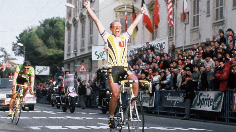 Laurent Fignon à l'arrivée de Milan-San Remo 1988 (OLYMPIA/SIPA)