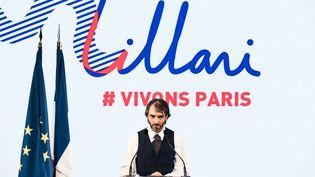 Cédric Villani lors d'un meeting de campagne pour l'investiture LREM aux municipales 2020 à Paris, le 4 juillet 2019. (KARINE PIERRE / HANS LUCAS / AFP)