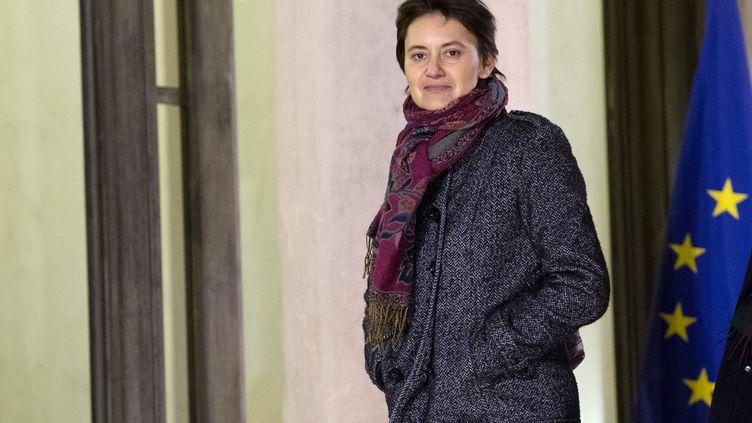 La porte-parole de Lutte Ouvrière,Nathalie Arthaud, le 7 décembre 2012 à l'Elysée (Paris). (BERTRAND LANGLOIS / AFP)